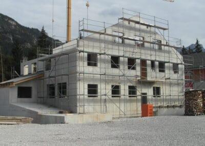 Geschäfts- und Privatbau in Beton